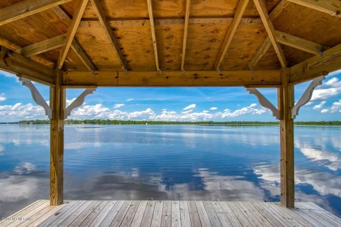 Dock Views of Palmo Cove