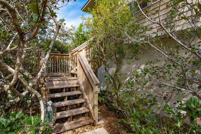 Stairs to Front Door